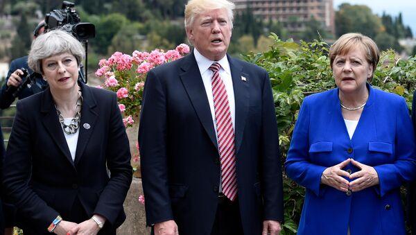 Theresa May, Donald Trump et Angela Merkel - Sputnik France