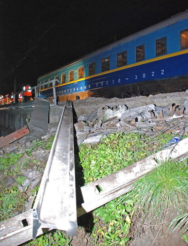 Un train déraille en Russie faisant des morts et des blessés (Chemins de fer) - Sputnik France