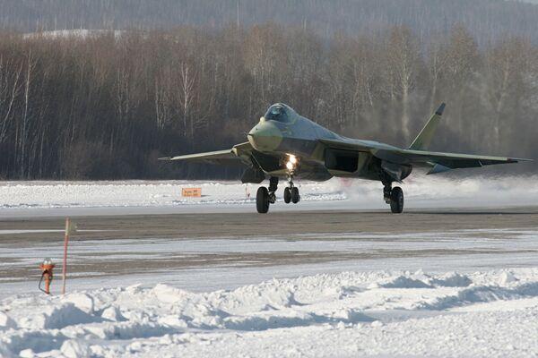 Самолет пятого поколения T50 на летных испытаниях - Sputnik France