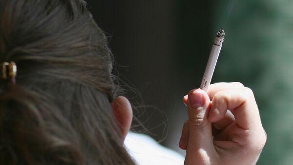 Smoking in public places - Sputnik France