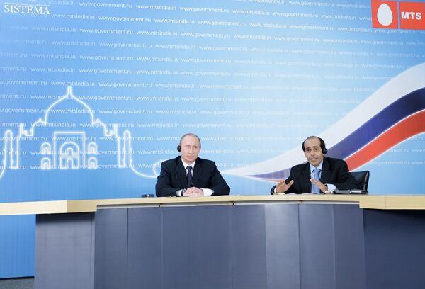 Russie-Inde: préalable à l'allègement du régime des visas (Poutine) - Sputnik France