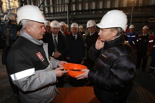 Exploitation du secteur russe de la Caspienne: Poutine donne le coup d'envoi - Sputnik France
