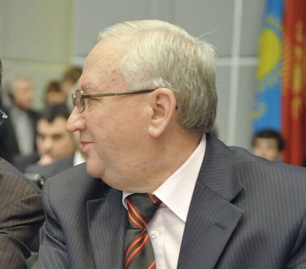 Anvar Azimov, délégué permanent russe auprès de l'Organisation pour la sécurité et la coopération en Europe (OSCE) - Sputnik France