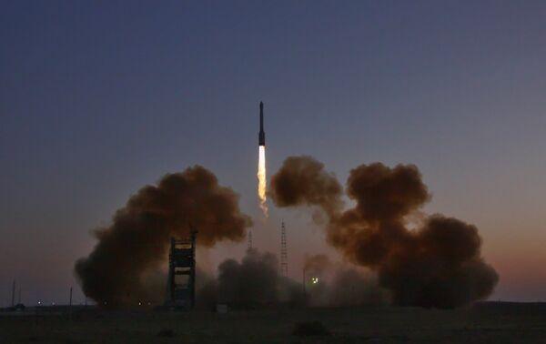 GLONASS: trois tirs prévus en Russie pour 2014 - Sputnik France