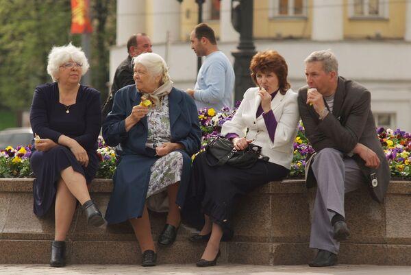 Russie: des experts proposent d'augmenter l'âge de la retraite - Sputnik France