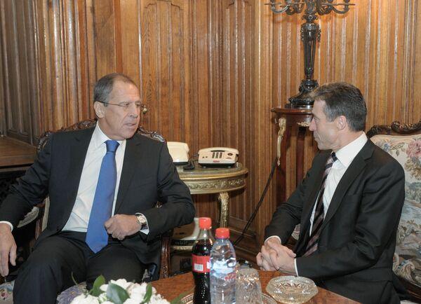 Anders Fogh Rasmussen et Sergueï Lavrov - Sputnik France