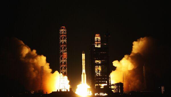 Lancement d'une fusée Proton - Sputnik France