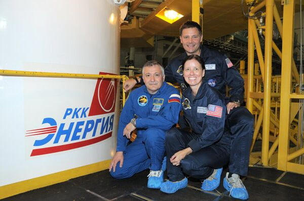 Fiodor Iourtchikhin, Doug Wheelock et Shannon Walker  - Sputnik France