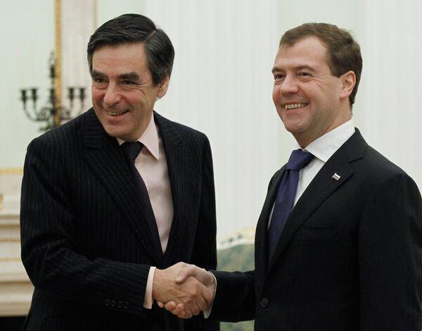 François Fillon et Dmitri Medvedev - Sputnik France