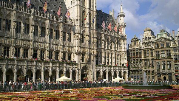 Цветочный ковер на центральной площади Брюсселя - Sputnik France