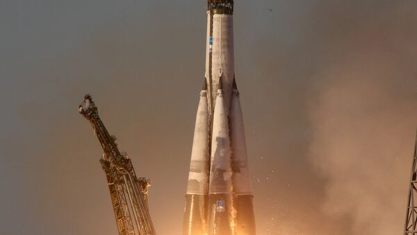 Tir d'un lanceur Soyouz-U - Sputnik France