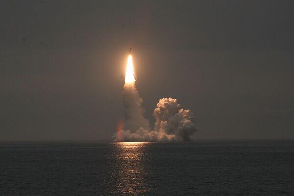 Le curieux échec du missile Boulava - Sputnik France