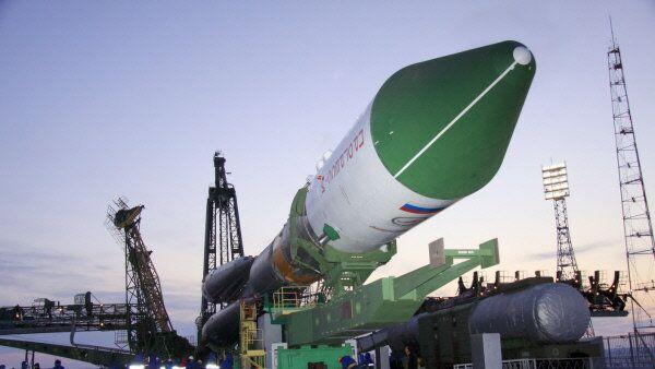 La fusée Soyouz-U et le nouveau cargo spatial Progress M-14M - Sputnik France