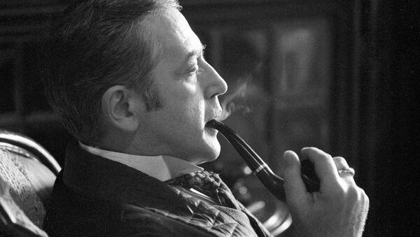 Vassili Livanov dans le rôle de Sherlock Holmes - Sputnik France