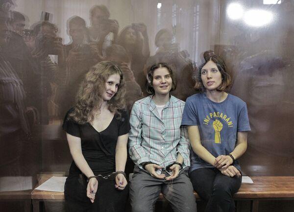 Membres du groupe punk féminin Pussy Riot - Sputnik France