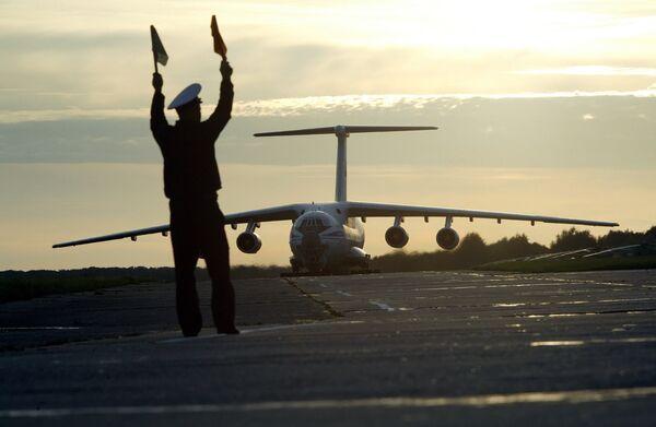Avion Il-76 - Sputnik France