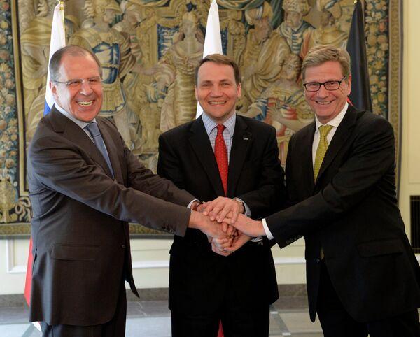 Sergueï Lavrov, Radoslaw Sikorski et Guido Westerwelle à Varsovie - Sputnik France