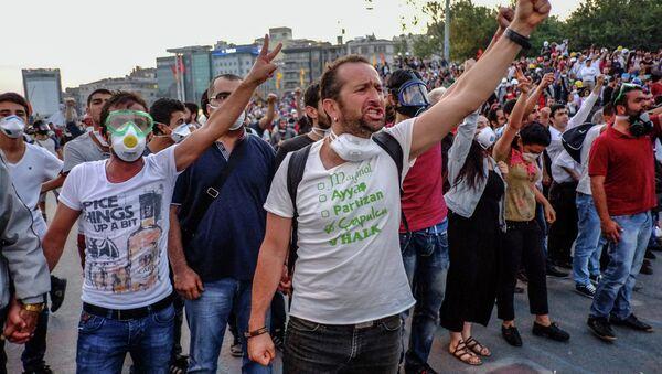 Массовые протесты в Стамбуле - Sputnik France