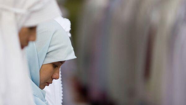 Ecole russe: le hijab doit être prohibé (analyste politique) - Sputnik France
