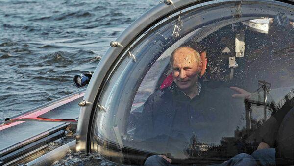 Poutine: plongée en mer Baltique vers l'épave d'une frégate russe - Sputnik France