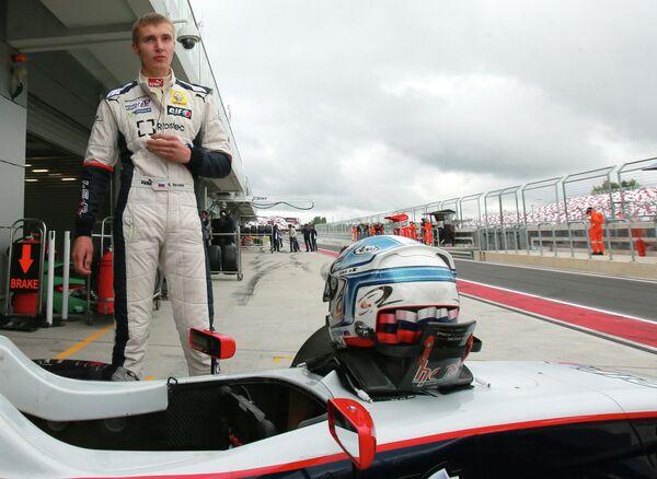 Formule 1: le Russe Sirotkin titularisé chez Sauber en 2014 - Sputnik France