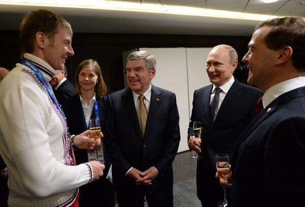 JO de Sotchi/clôture: échange de félicitations Poutine-Bach - Sputnik France