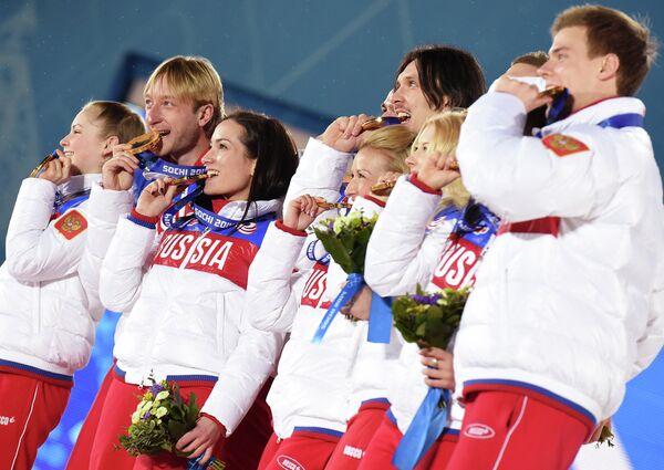 JO de Sotchi: les médaillés russes en images - Sputnik France