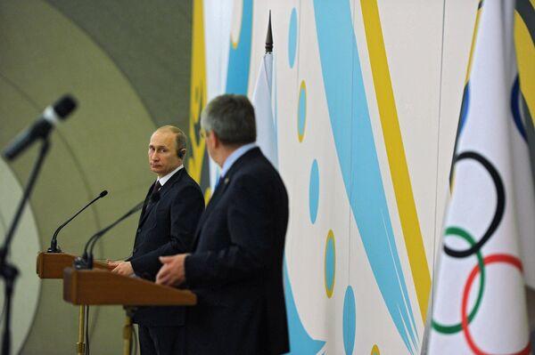 Le président russe Vladimir Poutine lors d'un petit-déjeuner officiel offert par le COI - Sputnik France