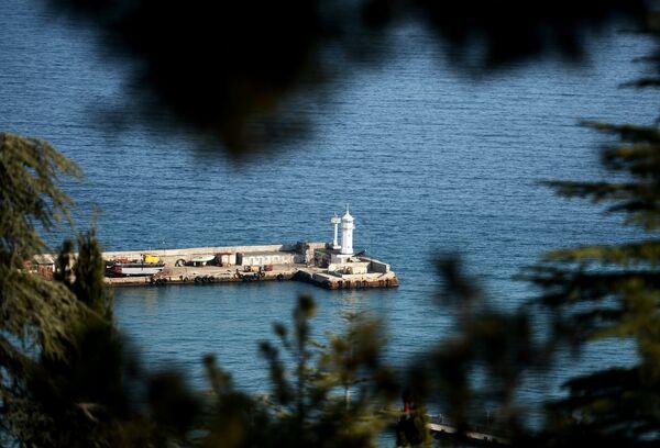 Crimée: les ports resteront en service malgré l'embargo de Kiev - Sputnik France