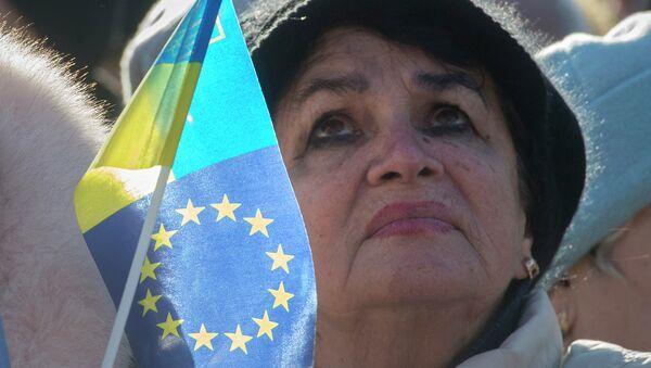 Ukraine: 55% des Russes sceptiques sur l'association avec l'UE (sondage) - Sputnik France