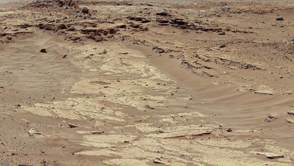 Снимок поверхности планеты Марс сделанный марсоходом Curiosity - Sputnik France