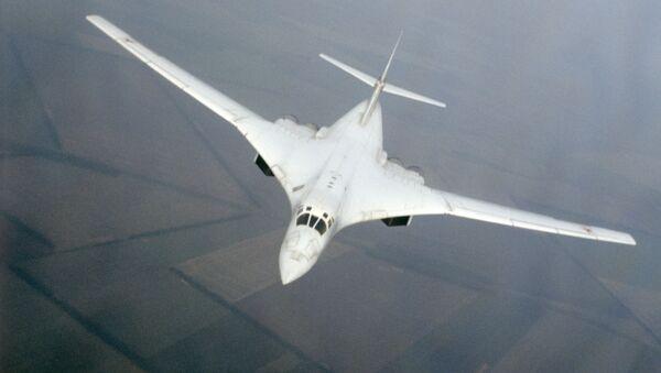 Le bombardier Tu-160 - Sputnik France