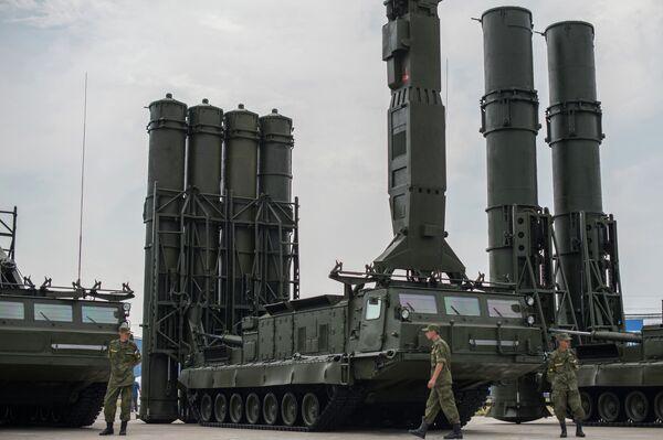 Oboronexpo: la Russie a signé des contrats militaires pour 100 M USD - Sputnik France