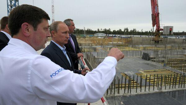 Le Président Poutine visite le cosmodrome Vostochny - Sputnik France