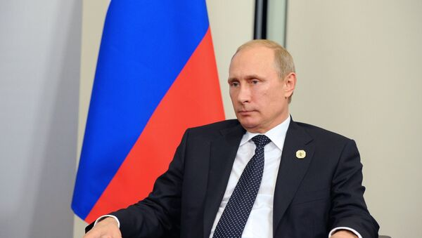 Les BRICS capables de résister à la crise économique mondiale (Poutine) - Sputnik France
