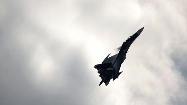 Истребитель Су-27 - Sputnik France