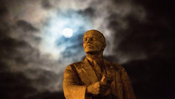 Le monument à Vladimir Lénine à Simferopol - Sputnik France