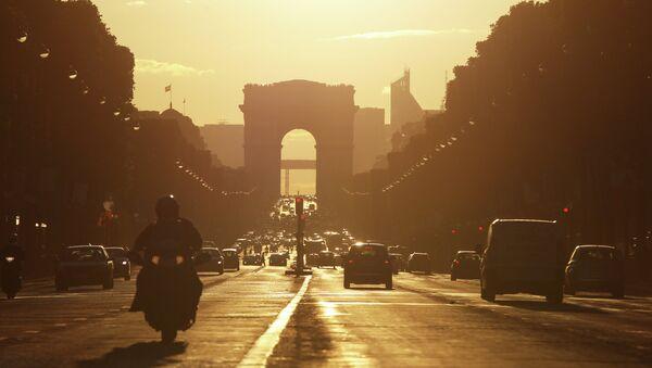 Триумфальная арка - Sputnik France