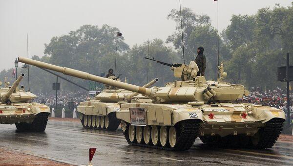 Chars T-90 de fabrication russe - Sputnik France