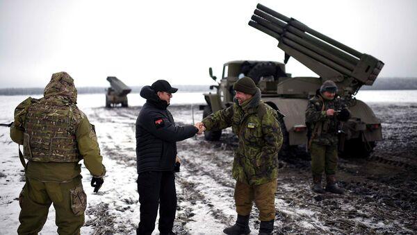 Kiev pilonne le Donbass: les USA et l'UE ferment les yeux (Moscou) - Sputnik France